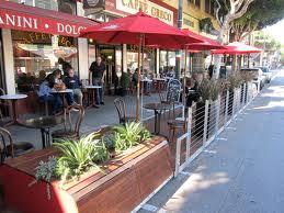 Cafe parklet